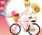 لعبة تلبيس حبيبان على الدراجة
